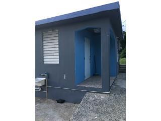 Casa 3 cuartos. $400 incluye agua
