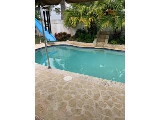 4 cuartos con piscina En Encantada