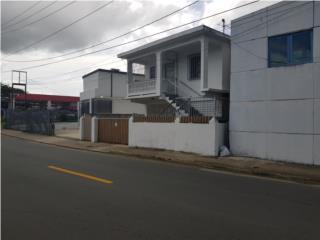 Alquiler Urbanizacion Santa Cruz Casa 3 y 1 2do nivel  al lado del tren$595.00 Bayamón