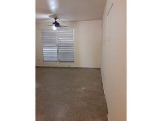 Rentals Urbanizacion Country Club Se renta apartamento en $650 San Juan - Río Piedras