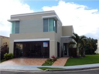 Cómoda y segura casa de 2 plantas, Vega Baja