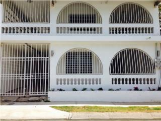 Casa de 2 plantas remodelada