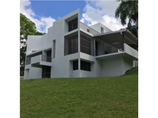 Hermosa Mansion con Terreno en Bo. Cacao