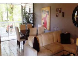 Caparra Chalets - Amplio Apartamento 3H, 2.5B
