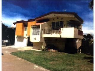 Casa en Guaraguao de dos plantas