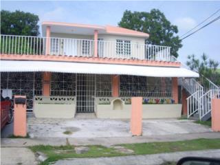 Urb. Country Club-propiedad con 3 apartamento
