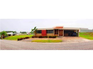 Urb. Mansiones de Cabo Rojo #100 / Casa D6
