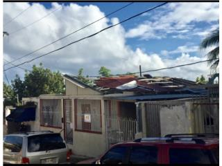 Casa parcialmente destruida