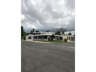 Urb, Rexville, Casa Amplia de Esquina