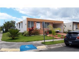 Urbanizacion Paseos Reales, Aguadilla Casa 3