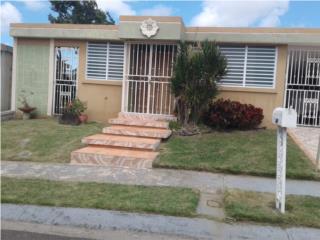 Urbanizacion Loiza Valley casa 4 cuartos, 2ba