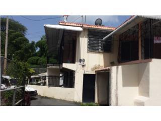 Casa ubicada en la Calle Laureano en Ciales
