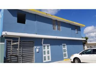 Ave Laredo Bayamon casa con 4 apartamentos