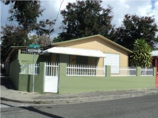 Calle Las Flores #28,2 cuartos 1 bano $55.000