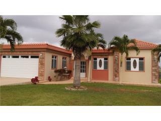 Casa Naranjo Moca, vista hermosa, 3 cuartos