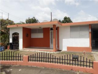 Se Vende Casa en Urb. Las Aguilas en Coamo