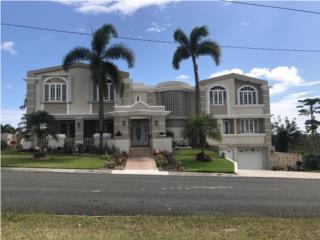Mansion en Cabo Rojo vista al mar y piscina