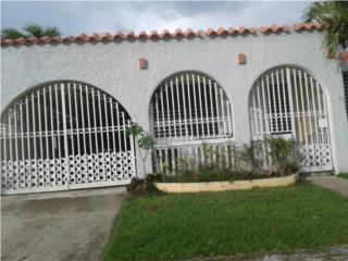 casa de Esquina en Villa Fontana 129,500