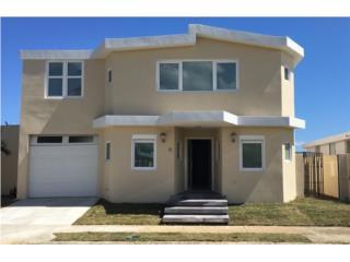 Casa remodelada, Levittown, 5H 3B, $175000