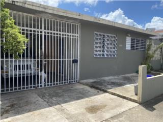 Casa 3c/1b Urb. Las Lomas $125k OMO