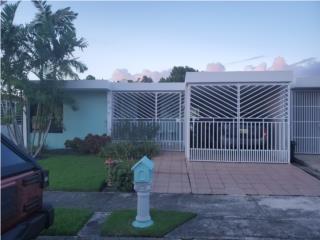 SE VENDE CASA BELLA EN ALTURAS DE FLAMBOYAN  Bienes Raices Puerto Rico