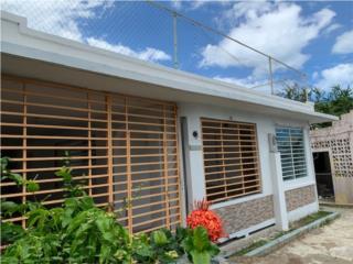 Calle Bahamas 4br/2ba Marquesina y 2da unidad
