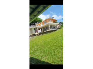 Propiedad con dos casas con entradas separada