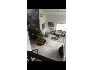Hermosa propiedad en Montehiedra OPCIONDA