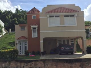 Casa en Gan vista 1 4cuartos 3 baños