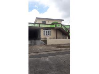 Casa de dos niveles en Caguas