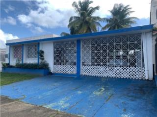 Casa original con mucho Patio Zona NO inundable