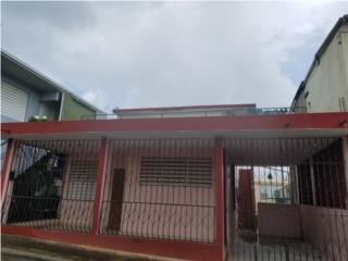 Casa 3/1 con apto altos 1/1. Manati Pueblo
