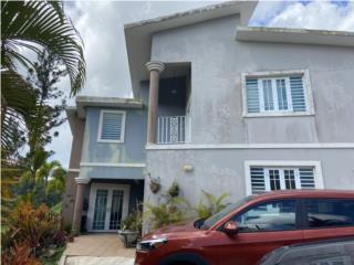 Excelente residencia 4 cuartos, 3 baños. Bienes Raices Puerto Rico