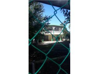 2 casas cerca playa Vega Baja por Tasacion