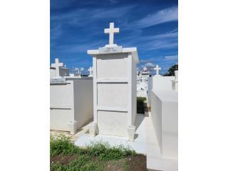 Venta de tumba con tres espacio