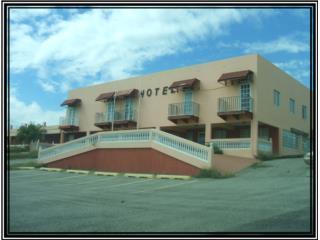EDIFICIO PARA HOTEL EN 6.8 CUERDAS CABO ROJO