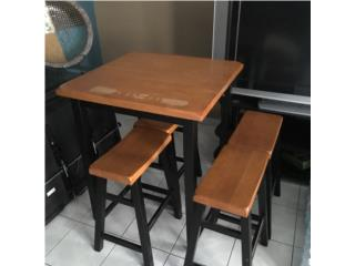 Set de mesa con 4 bancos en madera, Puerto Rico