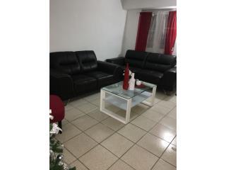 Se venden muebles marca ASHLEEY en $550 fijo, Puerto Rico