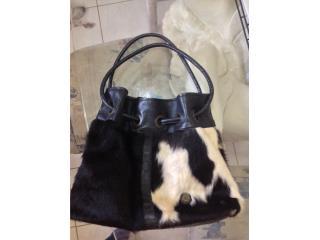 Cartera comprada en Vaca Brava Real Leather , Puerto Rico