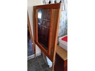 Espaldar de cama con espejo, Puerto Rico