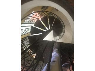 Escalera 10 pies en hierro, Puerto Rico