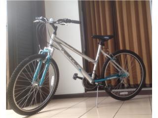 Bicicleta con Helmet, como nueva, $100., Puerto Rico
