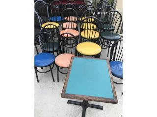 7 mesas , 12. Stool y 11 sillas, Puerto Rico