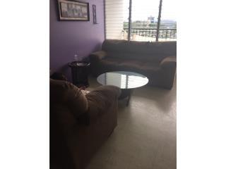 Dos muebles marrón microfibra, Puerto Rico