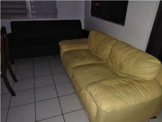 Love seat y futon en cuero, Puerto Rico