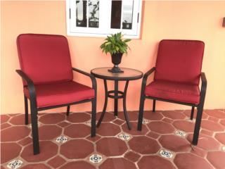 Set: sillas y mesa exterior, Puerto Rico