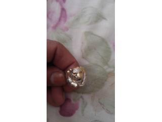 Anillo de diamantes 10k, Puerto Rico
