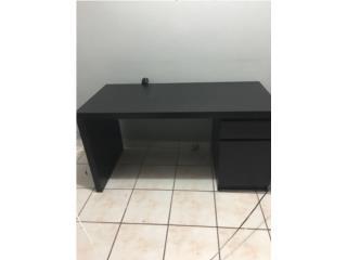 Escritorio de Ikea , Puerto Rico