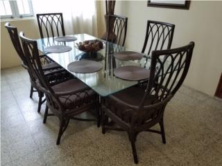 Mesa de comedor en Rattan de 6 sillas, Puerto Rico