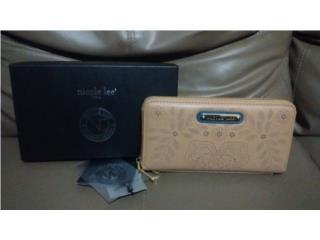 Preciosa Wallet Nicole Lee nueva en $40, Puerto Rico